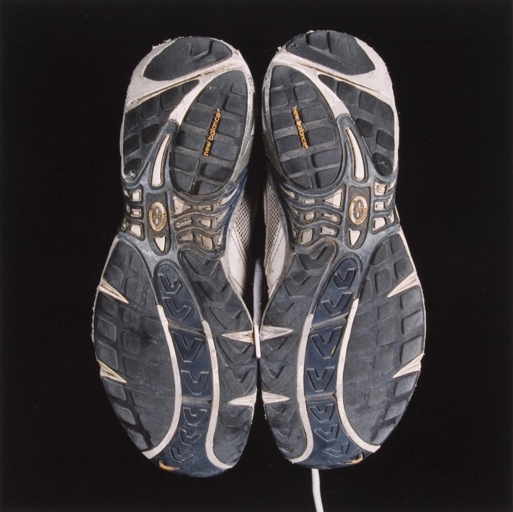 SOLES : Runner by Tek Yang