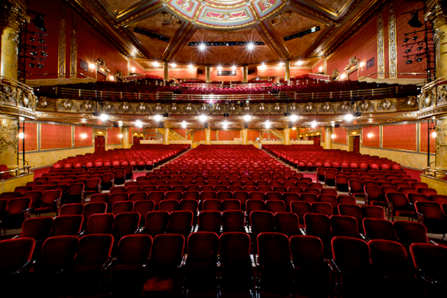 Elgin Theatre 1 by Elaine Chan-Dow